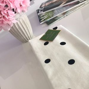 Other - NWT 💕 Kate Spade Kitchen Towel - Set of 2
